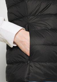 Marks & Spencer London - PUFFER GILET - Veste - black - 5
