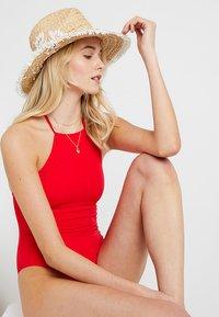Anna Field - Plavky - red - 1