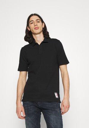 ONE PLANET BACK LOGO UNISEX - Koszulka polo - black