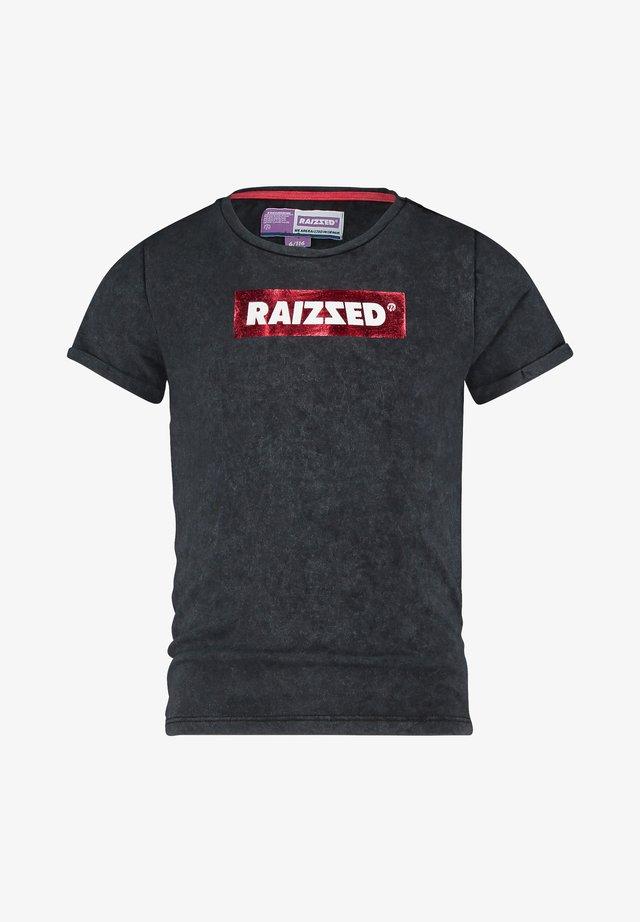 KYOTO - Print T-shirt - blast red
