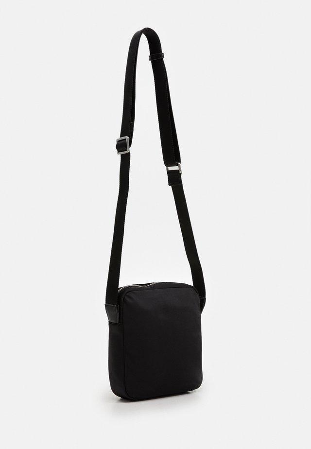 SHOULDER BAG - Schoudertas - black