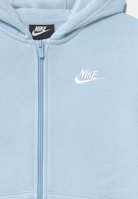 Nike Sportswear - CORE SET - Tepláková souprava - psychic blue/white - 3