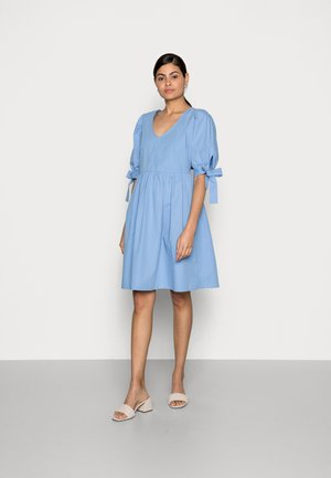 WIGGA DRESS - Kjole - bel air blue