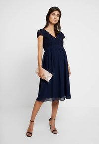 Chi Chi London Maternity - GLYNNIS DRESS - Vestito elegante - navy - 2