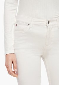 s.Oliver - Trousers - cream - 4