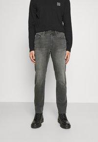 Marc O'Polo DENIM - POCKET REGULAR WAIST - Jeans Slim Fit - mid grey - 0