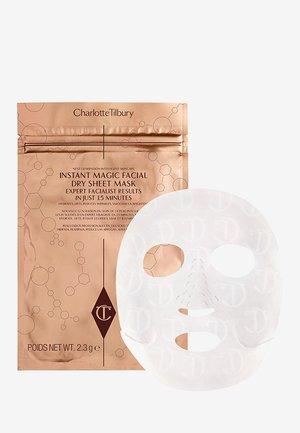 INSTANT MAGIC FACIAL DRY SHEET MASK - Face mask - tan
