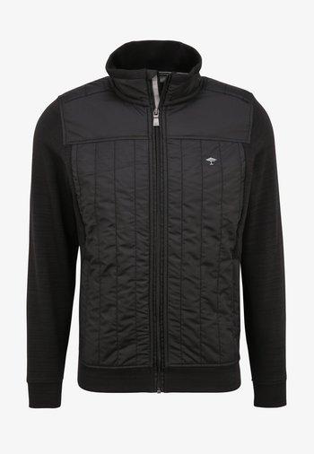 HYBRID MIT GESTEPPTEN PARTIEN - Light jacket - black