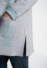 Samoon - MIT WORDING - Cardigan - frost grey gemustert - 1