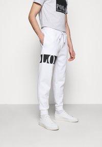 Polo Ralph Lauren - DOUBLE TECH - Tracksuit bottoms - white - 0