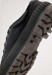 Palladium - PALLASHOCK Unisex - Sneakers laag - black - 5