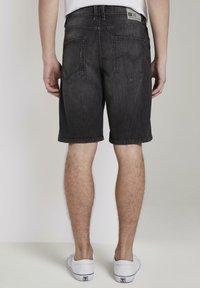 TOM TAILOR DENIM - Denim shorts - used dark stone black denim - 2
