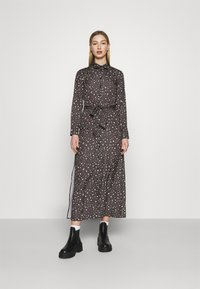 NU-IN - BELTED DRESS - Maxi dress - dark grey - 0