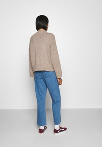 ONLY - ONLTATA - Jumper - simply taupe - 2