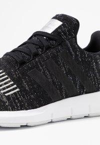 adidas Originals - SWIFT RUN  - Sneaker low - core black/silver metallic/footwear white - 2