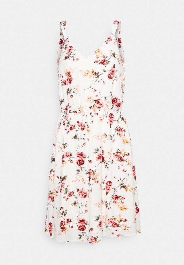 ONLKARMEN SHORT DRESS - Korte jurk - creme brûlée