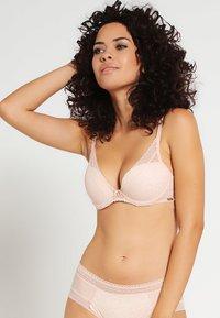Chantelle - FESTIVITE SEXY - Triangle bra - beige - 0
