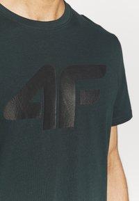 4F - T-shirt print - dark green - 6