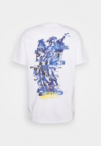 Night Addict - Print T-shirt - white - 7