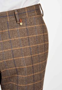 MDB IMPECCABLE - Suit trousers - sand - 4