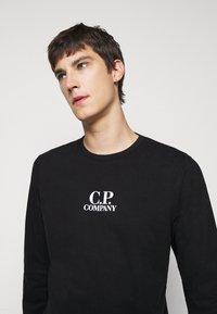 C.P. Company - Top sdlouhým rukávem - black - 3
