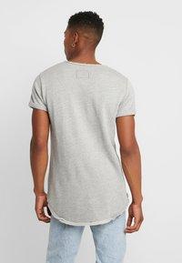 Tigha - MILO LOGO - Print T-shirt - grey melange - 2