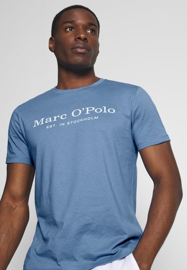 Marc O'Polo SHORT SLEEVE ROUND NECK - T-shirt z nadrukiem - riviera/jasnoniebieski Odzież Męska RACY