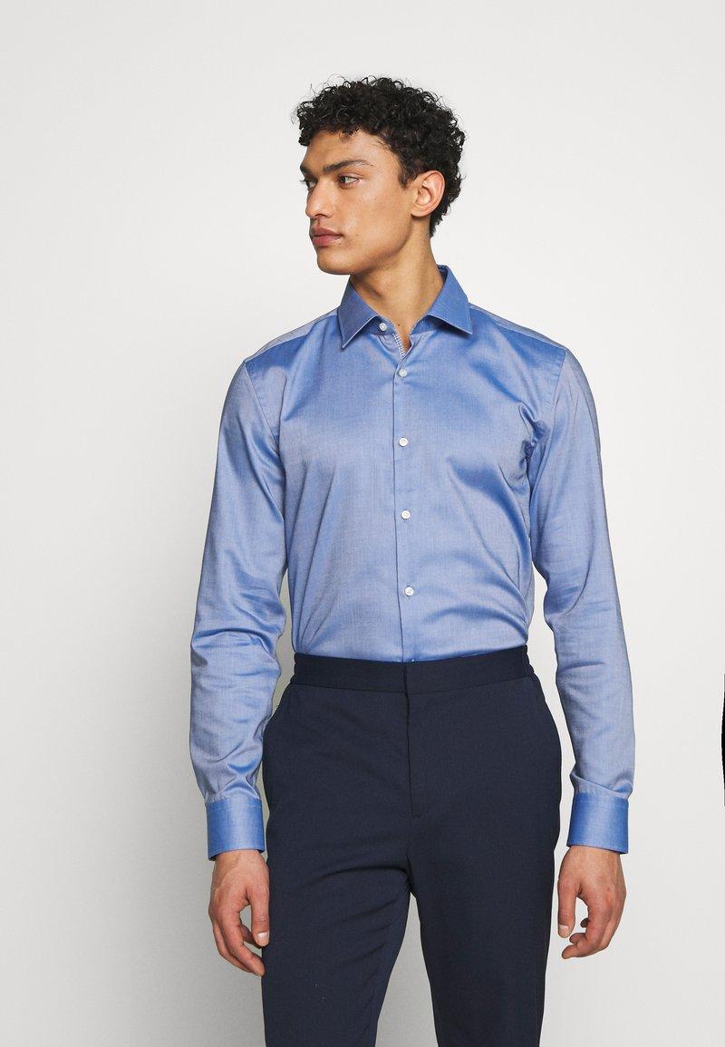 HUGO - KOEY SLIM FIT - Formal shirt - navy