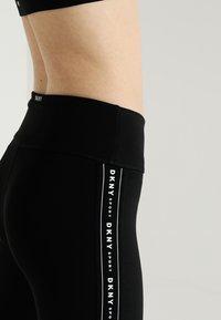 DKNY - HIGH WAIST LOGO TAPING - Leggings - black - 4