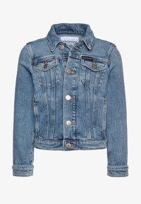 Calvin Klein Jeans - GIRLS TRUCKER  - Džínová bunda - blue denim - 0