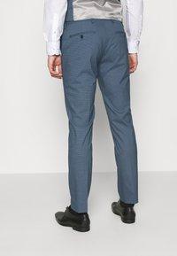Selected Homme - SLHSLIM HOUND  SUIT SET - Traje - ashley blue - 8