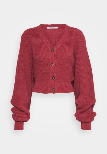 CROPPED BATWING SLEEVE CHUNKY CARDIGAN