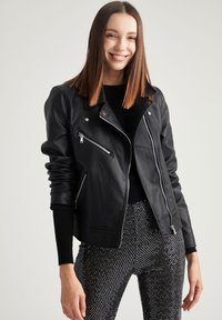 DeFacto - Giacca in similpelle - black - 0