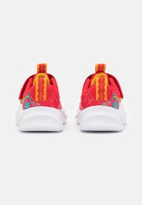 Skechers - SHARK-BOTS - Trainers - red/yellow/blue - 2