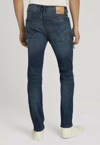 TOM TAILOR DENIM - PIERS - Slim fit jeans - destroyed mid stone blue denim - 2