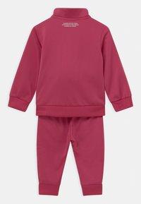 adidas Originals - SET UNISEX - Tracksuit - pink - 1