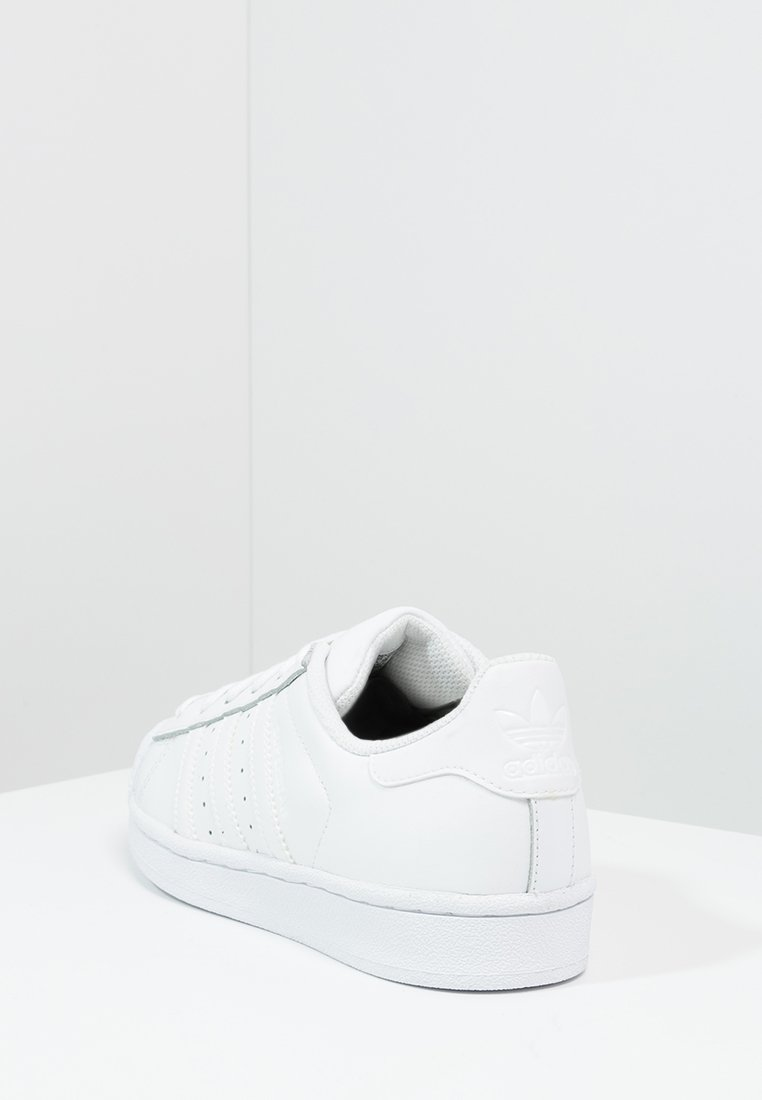 SUPERSTAR FOUNDATION ALL BLACK STYLE SHOES Sneaker low white