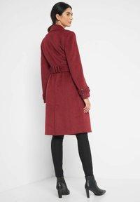 ORSAY - MIT BINDEGÜRTEL - Classic coat - weinrot - 2