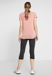 Cotton On Body - MATERNITY CORE CAPRI - 3/4 sports trousers - charcoal marle - 2