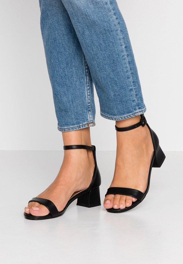 LOLA BLOCK HEEL - Sandals - black