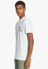 Quiksilver - ANOTHER ESCAPE - Print T-shirt - white - 3