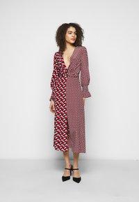Diane von Furstenberg - MICHELLE DRESS - Vapaa-ajan mekko - red - 0