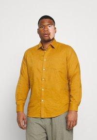 Johnny Bigg - ANDERS SHIRT - Shirt - mustard - 0