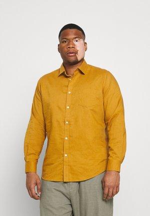 ANDERS SHIRT - Overhemd - mustard