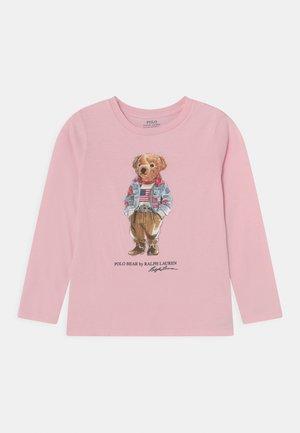BEAR TEE - T-shirt à manches longues - hint of pink