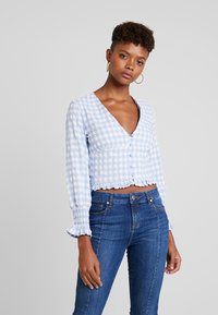 Missguided - TEXTURED JUMBO GINGHAM SHIRRED TOP - Blůza - baby blue - 0