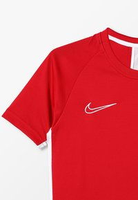 Nike Performance - DRY  - Funkční triko - university red/white - 4