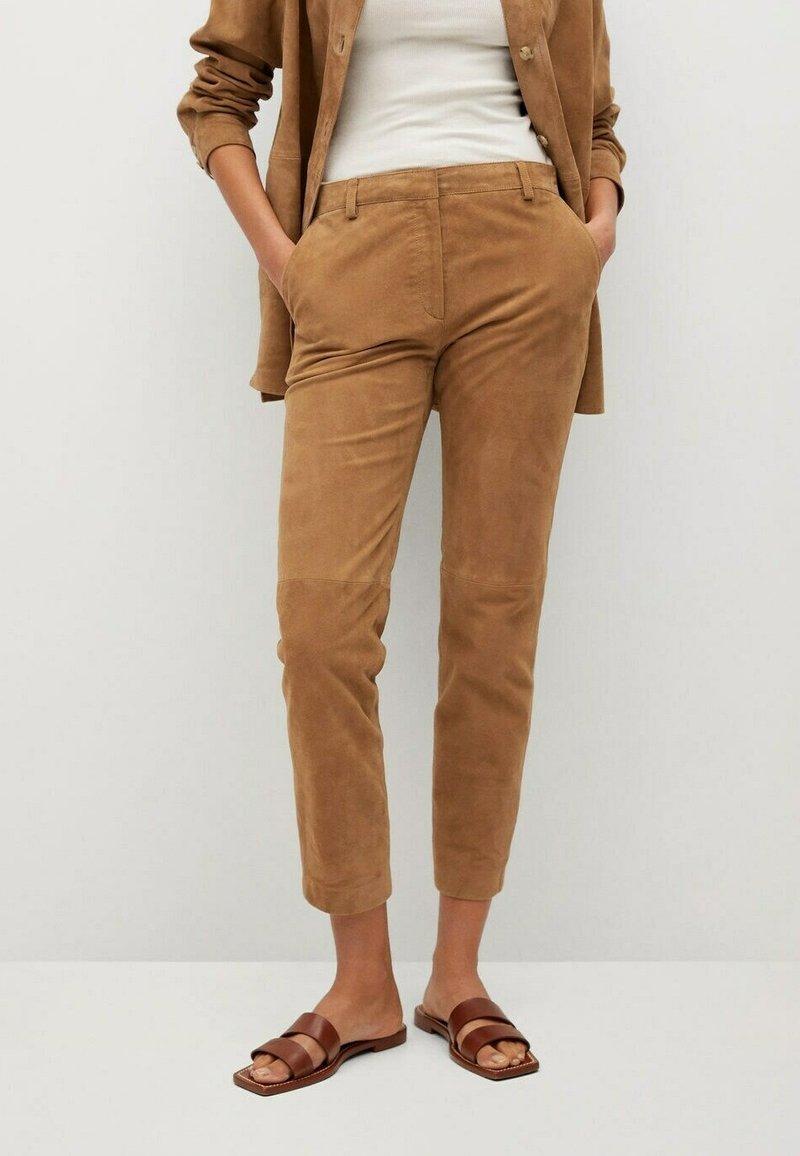 Mango - Leather trousers - mittelbraun