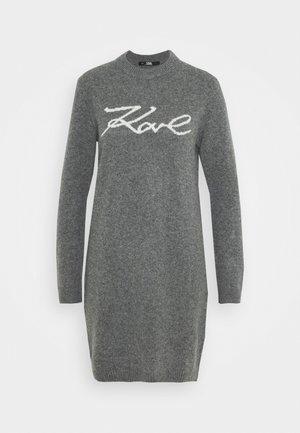 LONG SIGNATURE - Vestido de punto - grey melange