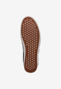 Vans - COMFYCUSH - Sneakers laag - black/true white - 4